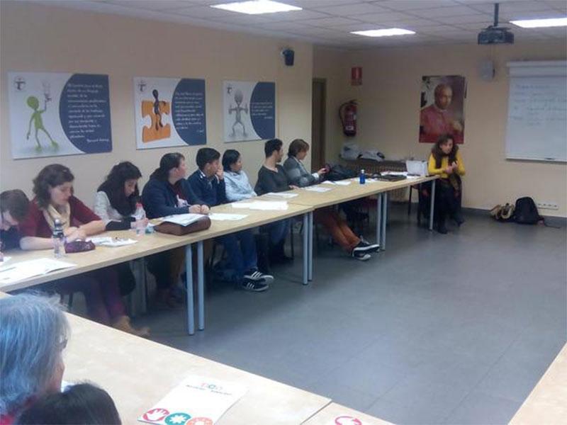 curso-voluntariado-conferencia-isabel-ortega.jpg