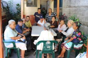 Los ancianos del lugar de acogida Madre del Perpetuo Socorro
